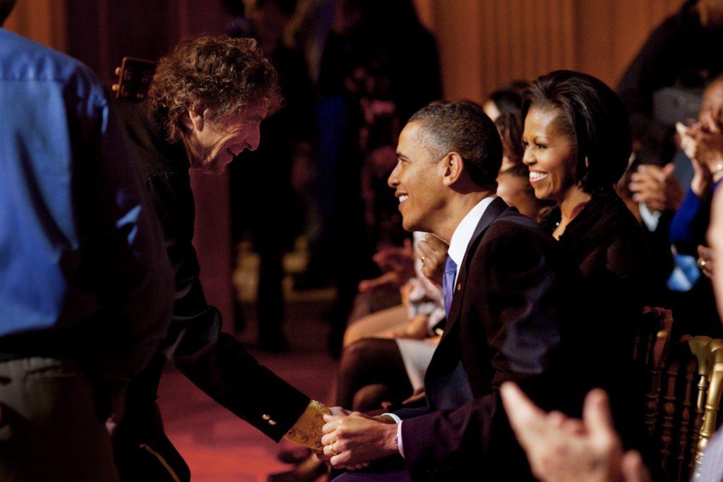 Bob Dylan shakes President Barack Obama's hand